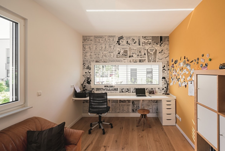 Wandgestaltung mit Comic Tapete - Haus Design Ideen innen Einfamilienhaus Inneneinrichtung Fertighaus Lichtdurchfluteter Kubus von WeberHaus - HausbauDirekt.de
