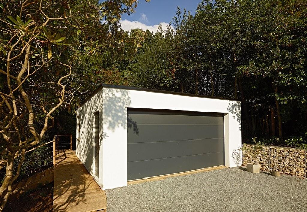 Freistehende Garage - Haus Design Ideen Fertighaus Villa Crichton von Baufritz - HausbauDirekt.de