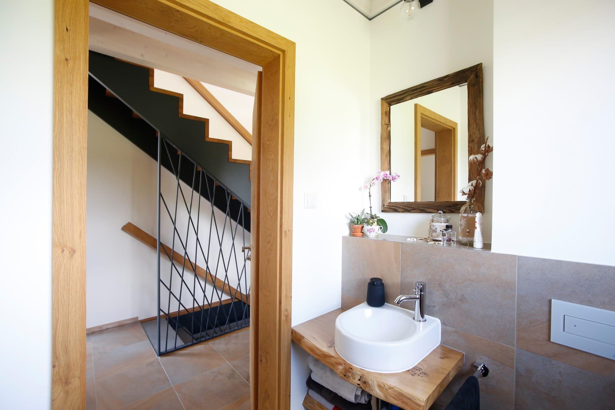 Gäste-WC - Haus Design innen modern Ideen Inneneinrichtung Baufritz ÖKOHAUS SCHELLENBERG - HausbauDirekt.de