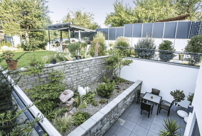 Garten mit Lichthof für UG - Luxus Haus Design Ideen WeberHaus Fertighaus - HausbauDirekt.de