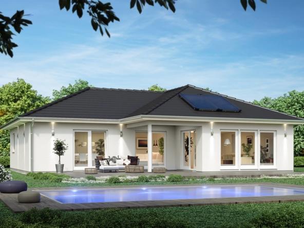 Winkelbungalow mit Walmdach Architektur & Pool Terrasse - ScanHaus Marlow Fertighaus SH 136 WB Variante A2 - HausbauDirekt.de